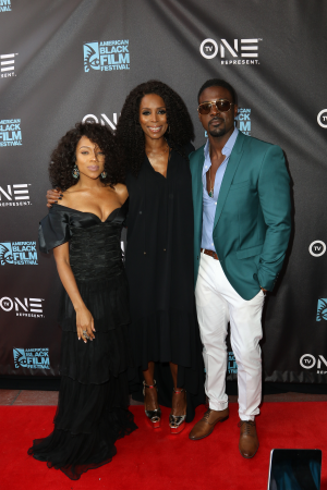 Lil Mama, Lance Gross & Tami Roman at the TV One Dinner (Photo courtesy of TV One by Thaddaeus McAdams)